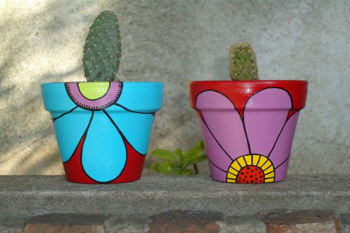 come-decorare-vasi-in-terracotta-con-decoupage-1